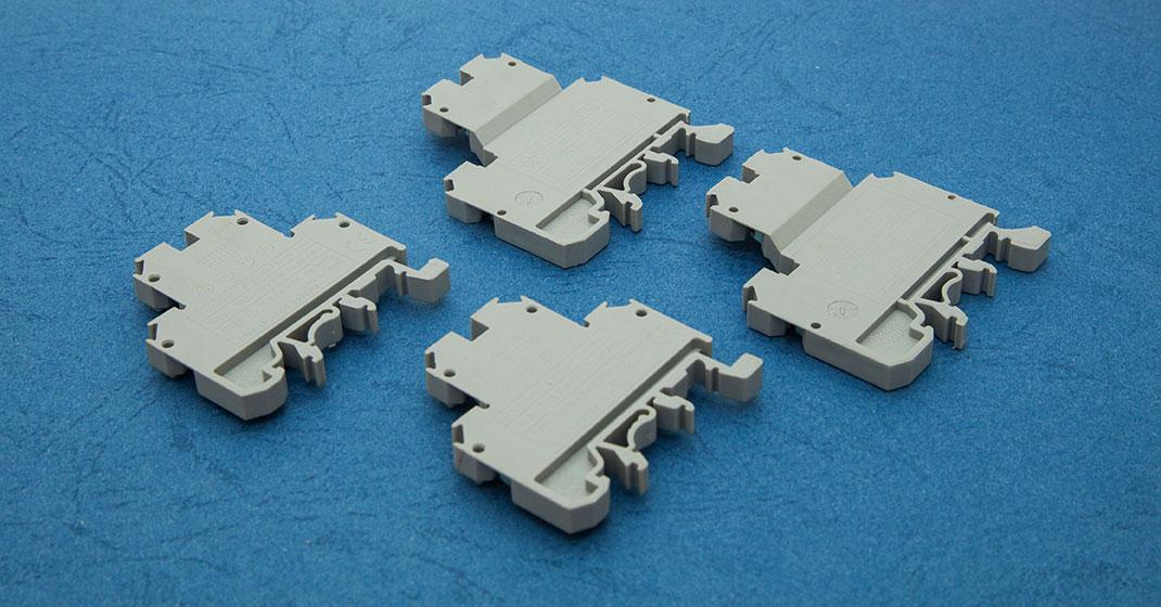 Double Decker Terminals