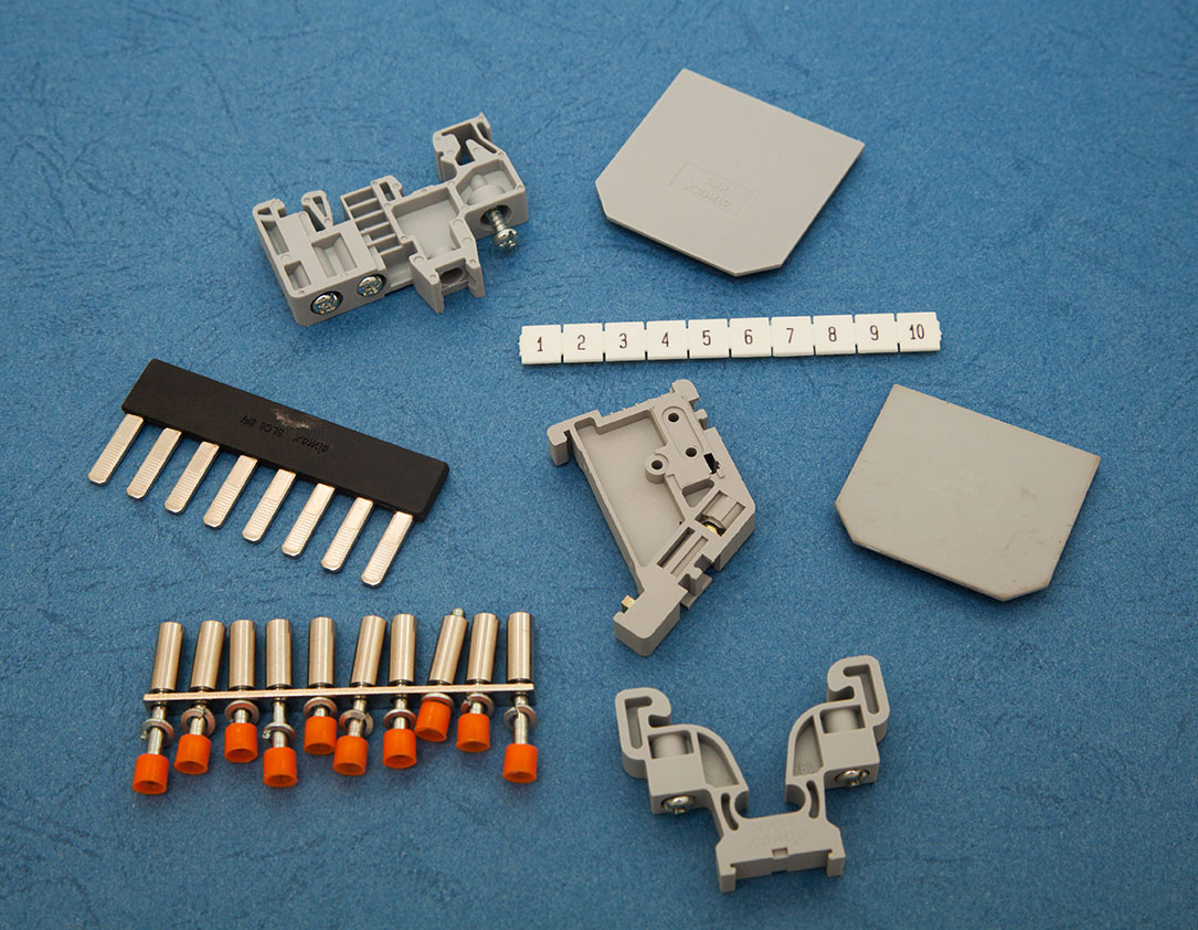 Accessories – End Plates / Barrier Plates / Shorting Links/ Marking Label